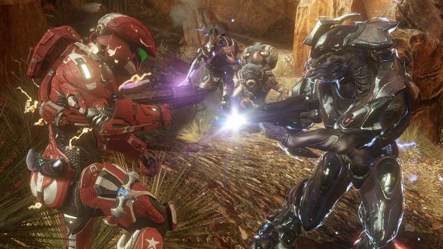 Halo 4 együttműködés